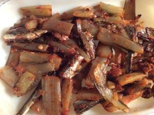 le mélange cardes-tomate-anchois