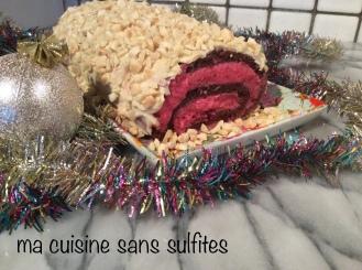 bûche sans gluten et sans sulfites à la mousse de canneberges